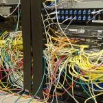 VLAN間ルーティングの実装をする。