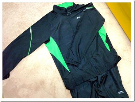 TIGORAのウィンドブレーカーパンツ/ジャケット