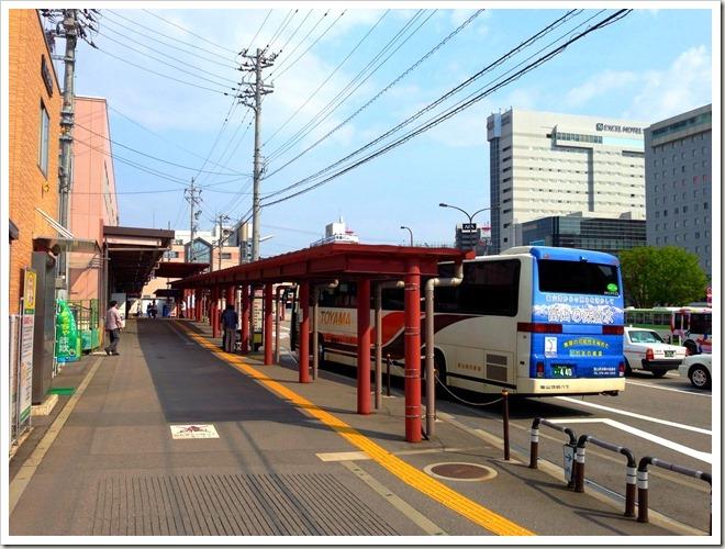 魚津しんきろうマラソンの帰り・富山地鉄高速バス